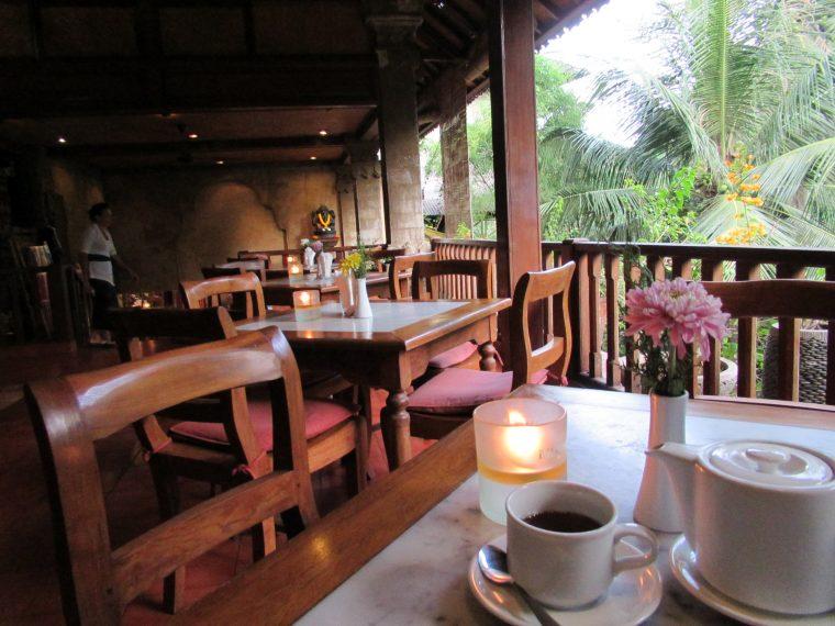 ウブドで南国するなら ムル二カフェ