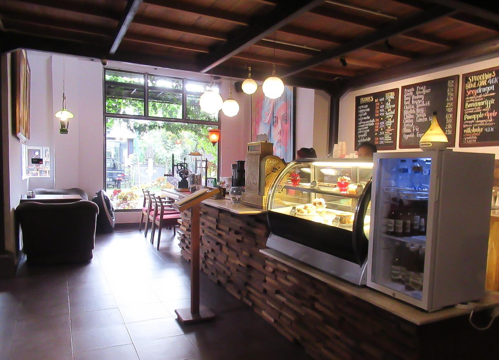アルティア美術カフェ|ネカ美術館に行ったらゼヒ立ち寄りたい!